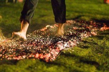 Tony Robbins Firewalk