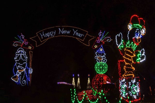 Fantasy of Lights Walk-Thru, Vasona Park, Los Gatos - South Bay ...