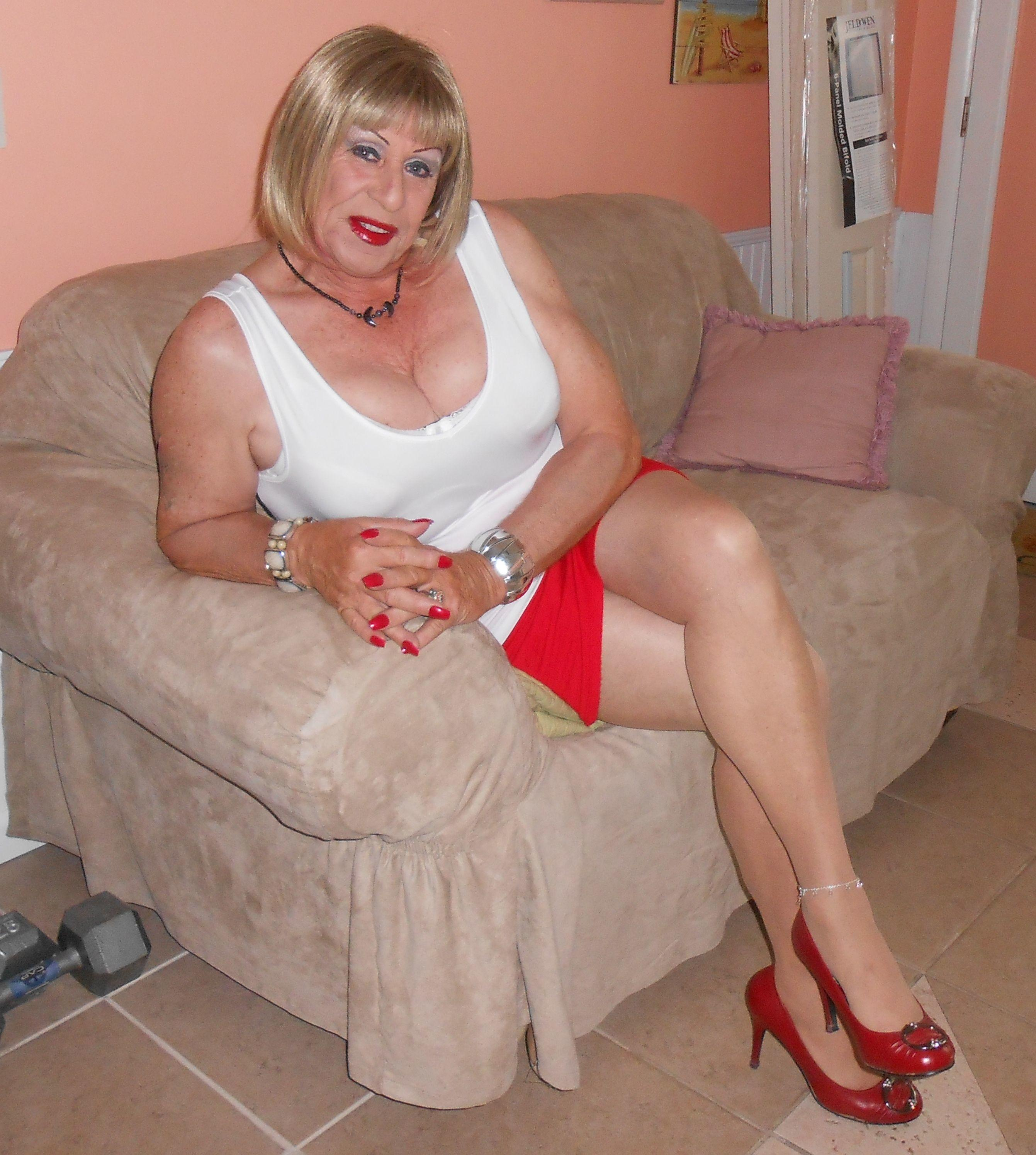 Crossdresser web cams