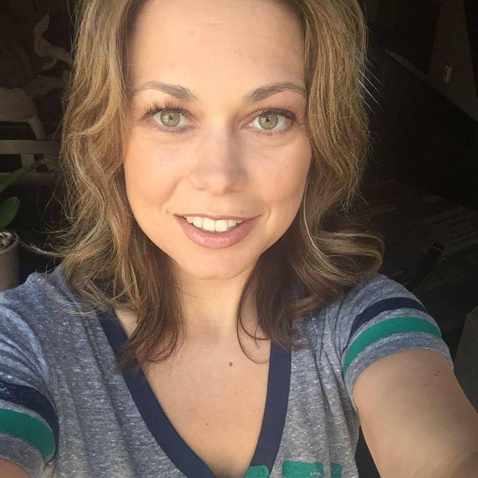 meet lynnwood singles Meet myra: lynnwood window  she's bringing two decades of expertise into her new role at dunn lumber's lynnwood location,  single-hung, double.