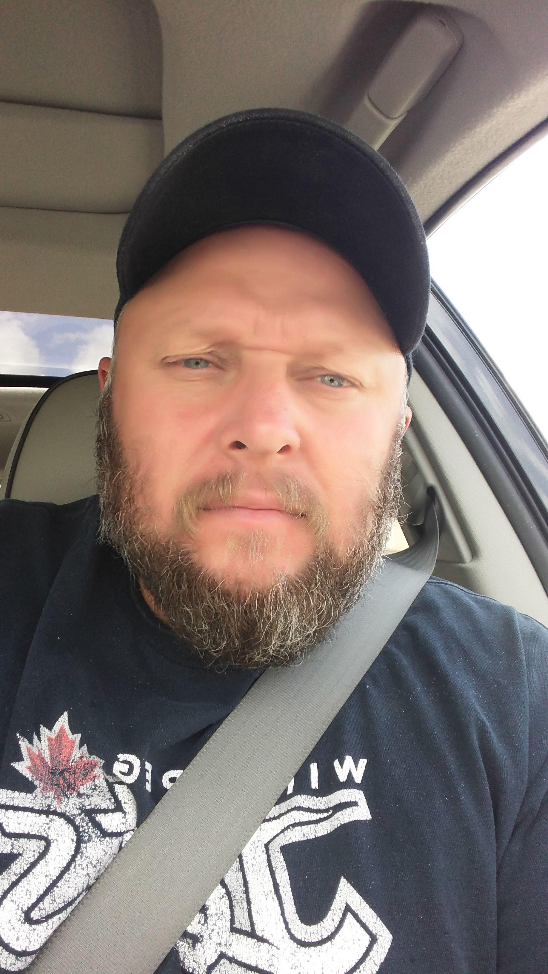 winnipeg single guys Winnipeg gay dating on pridedating   meet gay men and gay women for relationships.
